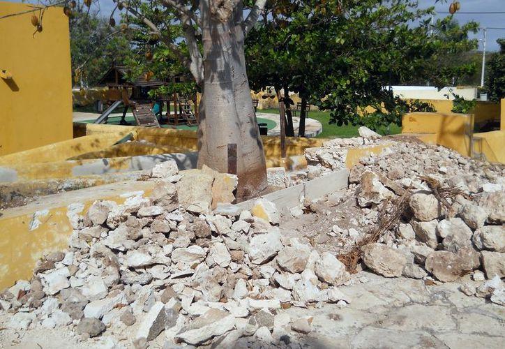 Parte de la estructura de la hacienda se encuentra derruida. (Milenio Novedades)