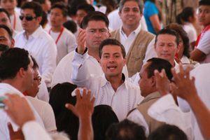 Peña Nieto y Miguel Bosé inauguran Casa del Niño Indígena en Yucatán