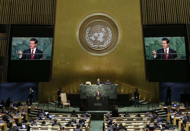 Peña Nieto anunció que fuerzas mexicanas participarán en una misión especial en el Sahara Occidental. (AP)