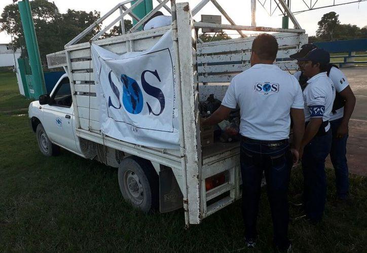 Los ciudadanos que apoyaron sacrificaron dos días de trabajo para recabar los víveres en las distintas comunidades. (Carlos Castillo/SIPSE)