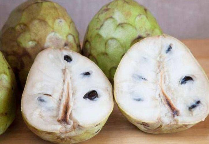 El exquisito sabor de la chirimoya hace recordar a las fresas, el coco y el plátano. (www.imujer.com)