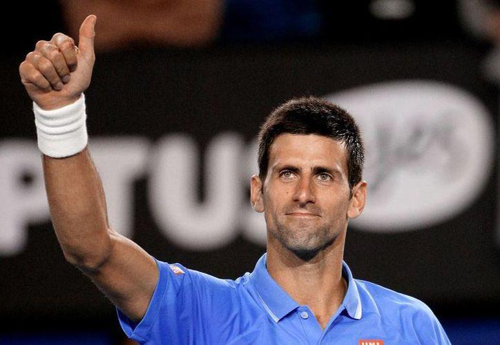 Novak Djokovic está imparable: no ha perdido un solo set en el Abierto de Australia; ya está en cuartos de final. (AP)