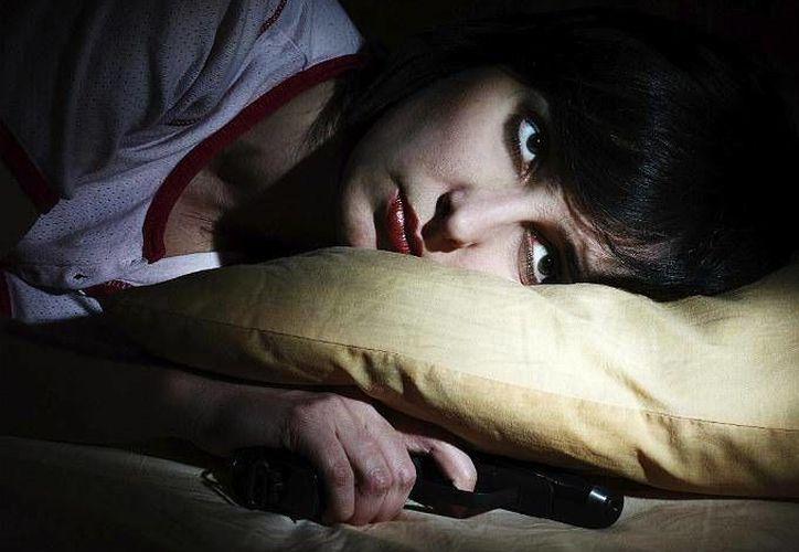 No poder dormir es uno de los trastornos de sueño más sencillos de tratar, en comparación con otros que ponen en riesgo a quienes los padecen. (Swagger.com)