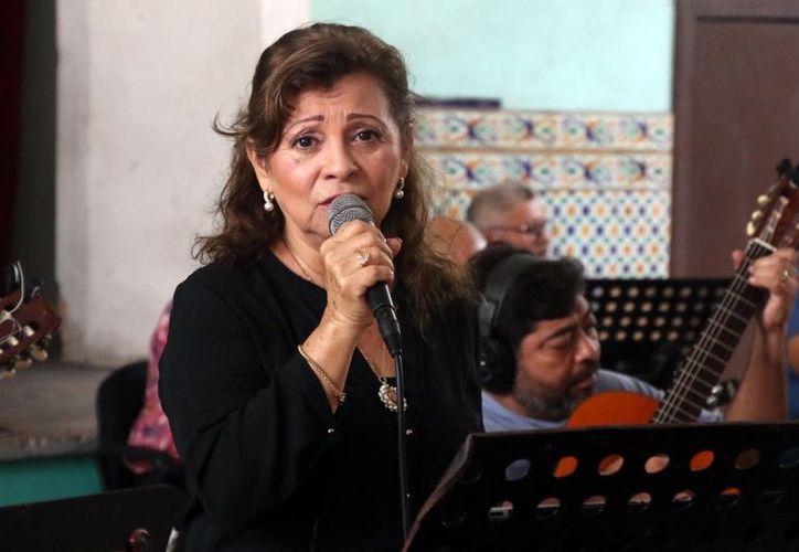 """Como primicia estrenará el banbuco """"Mi canto y tu corazón"""", que escribiera su esposo Felipe Díaz. (Daniel Sandoval)"""