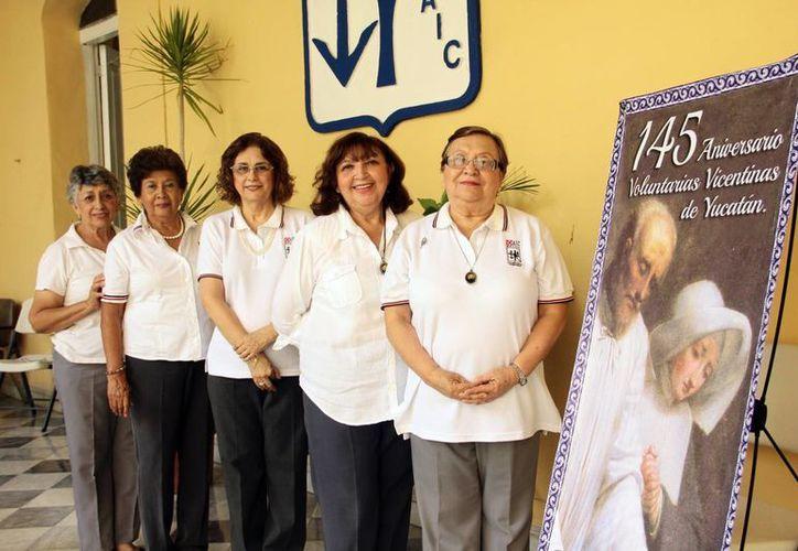 Imagen de las Damas Vicentinas, quienes realizan una loable labor por la comunidad. Realizarán actividades del 19 al  27 del presente mes por su aniversario. (Milenio Novedades)