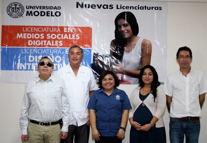 Autoridades de la Universidad Modelo presentaron este jueves sus nuevas licenciaturas: en Medios Sociales Digitales y en Diseño Interactivo. (SIPSE)