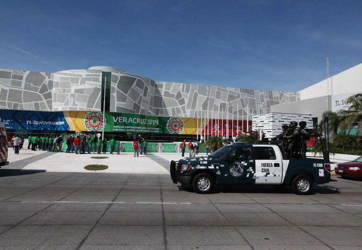 El gobierno de Veracruz destacó la labor de la Gendarmería Nacional para garantizar el orden durante los Juegos Centroamericanos 2014. (Notimex/Archivo)