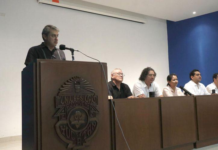 Ricardo López Santillán propuso diversificar más la inversión para el desarrollo de la comunidad. (José Acosta/Novedades Yucatán)