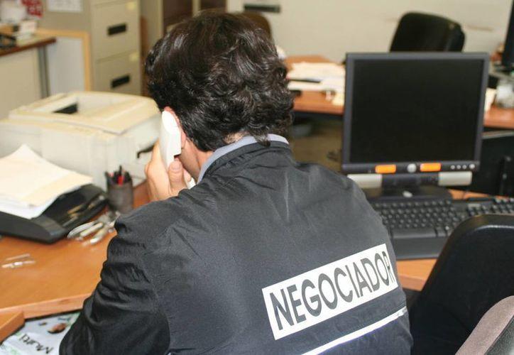La PGJDF asegura que los negociadores ponen el beneficio económico por encima del bienestar de la víctima. (policia.es)