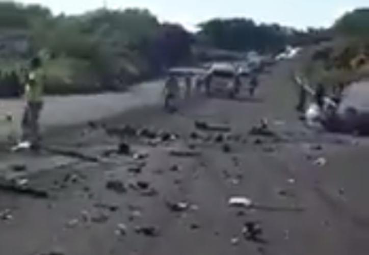 El percance ocurrió a la altura del kilómetro 17 de Oaxaca. (Captura Twitter).