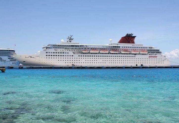 La naviera española Pullmantur avanza en las negociaciones para regresar a Cozumel.  (Gustavo Villegas/SIPSE)