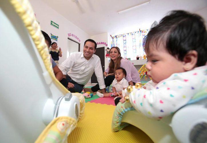 El alcalde de Mérida, Mauricio Vila, inauguró este miércoles obras de rehabilitación de un Cendi Integrador, único en su tipo en Yucatán. (Foto: cortesía)