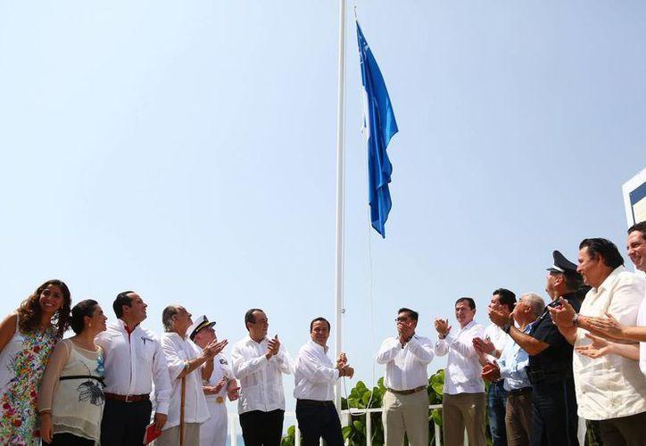 Autoridades de diferentes dependencias acompañaron al alcalde de Benito Juárez. (Cortesía/SIPSE)