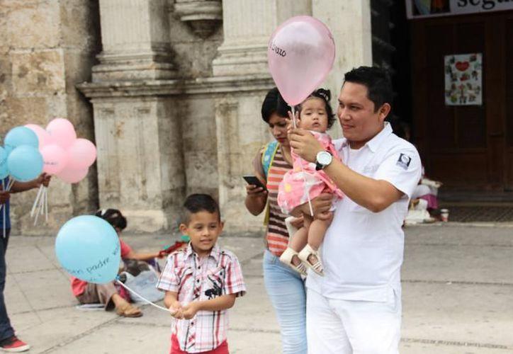 Este domingo se festeja el Día del Padre, por lo que comerciantes esperan un leve repunte en las ventas. (Milenio Novedades)