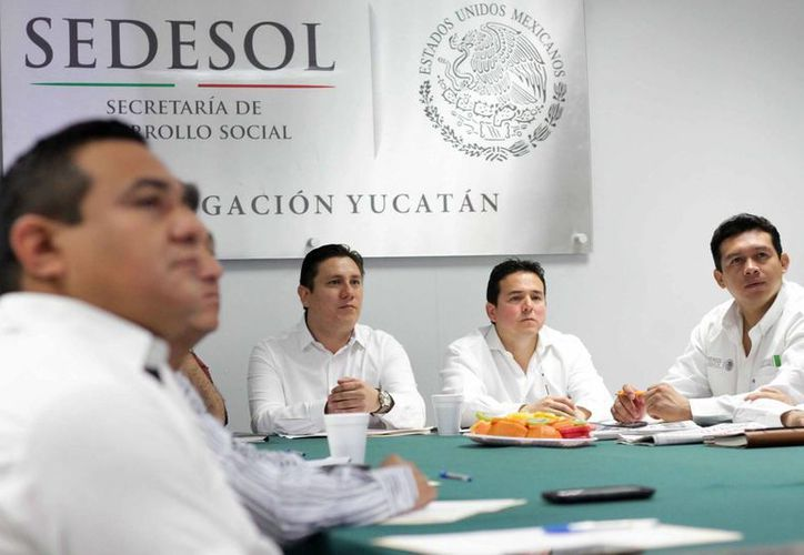La Segob refrenda su compromiso con la economía de las familias yucatecas al supervisar el adecuado uso de los recursos en delegaciones en Yucatán. (Foto cortesía del Gobierno)