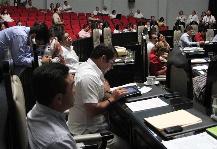 Los candidatos deberán presentarse antes del 27 de marzo para realizar la votación. (Harold Alcocer/SIPSE)