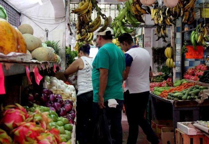 Las frutas y verduras variaron sus precios durante enero. (Redacción)