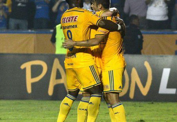 Mientras que Tigres de la UANL buscarán el título de la Liga MX, Toluca quedó eliminado al empatar como local contra ellos. (Foto de archivo de Notimex)
