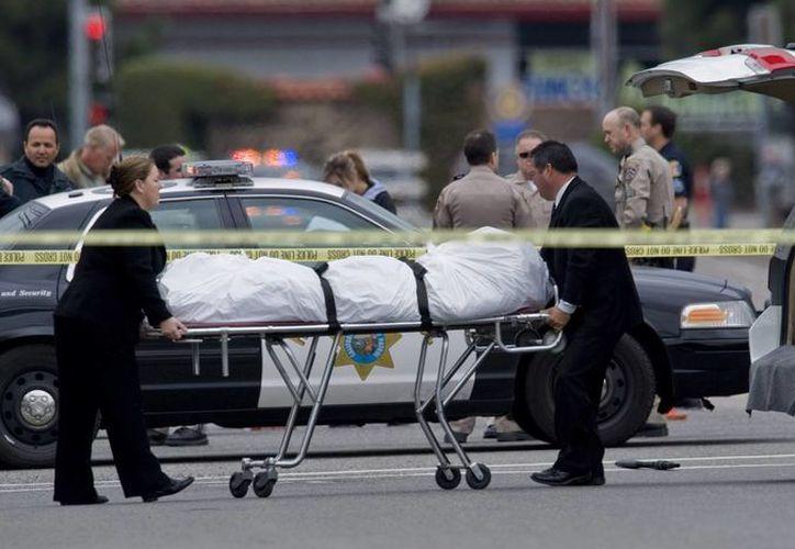 Cuatro personas murieron por el fuego cruzado. (Agencias)