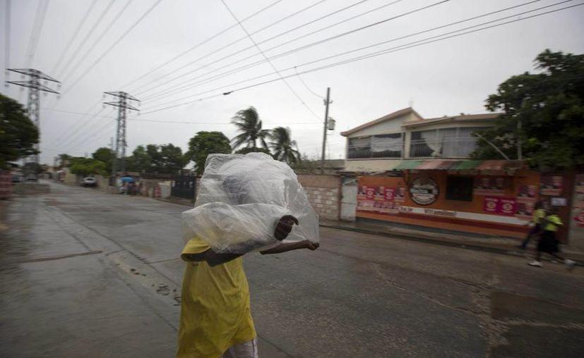 Las autoridades han reportado intensas lluvias desde anoche e inundaciones en Bariadelle y Petite Rivière. (AP/Dieu Nalio Chery)