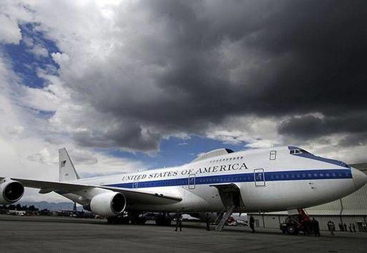 Las autoridades estadounidenses raras veces hablan de la existencia del 'avión del apocalipsis'.  (af.mil)