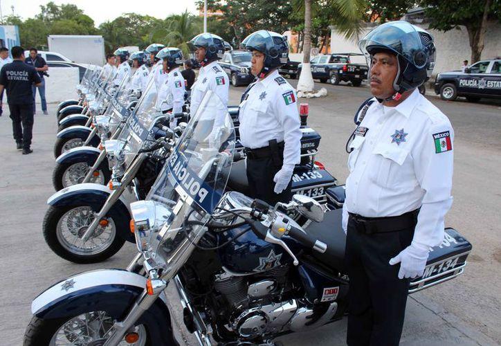 Se hizo la entrega de siete motopatrullas a la Dirección de Tránsito, que circularán en las principales avenidas. (Joel Zamora/SIPSE)