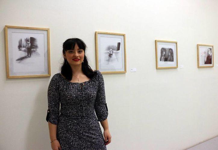 Anadett Domínguez presentó 'Respuestas Emotivas' en la galería de la Escuela Superior de Artes de Yucatán. (José Acosta/Milenio Novedades)