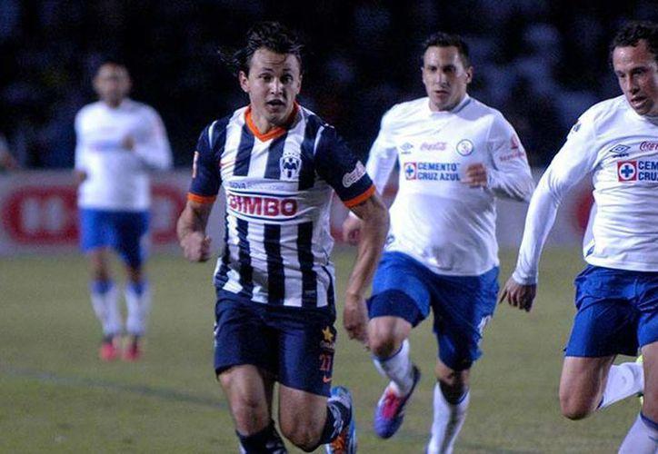 Rayados de Monterrey no aprovechó su condición de local y dejó ir 2 puntos frente al Cruz Azul. (rayados.com)