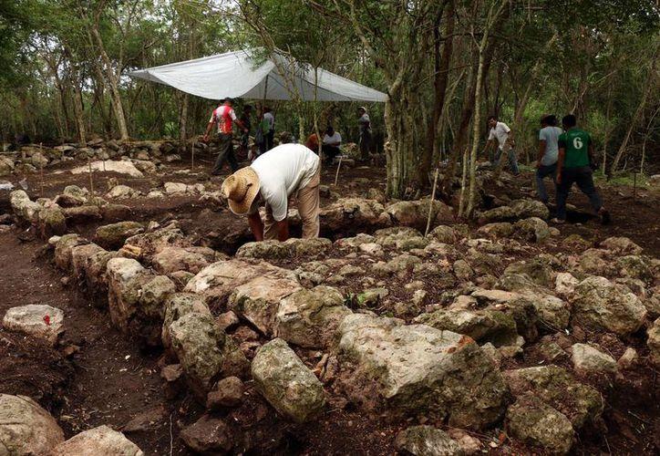 La ampliación de la carretera Mérida-Chetumal modificará  labores del INAH. (SIPSE)