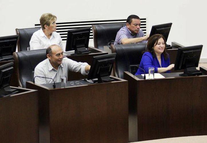Las comisiones especiales estarán conformadas por los diputados, quienes fueron propuestos por la Junta de Gobierno y Coordinación Política.(Milenio Novedades)