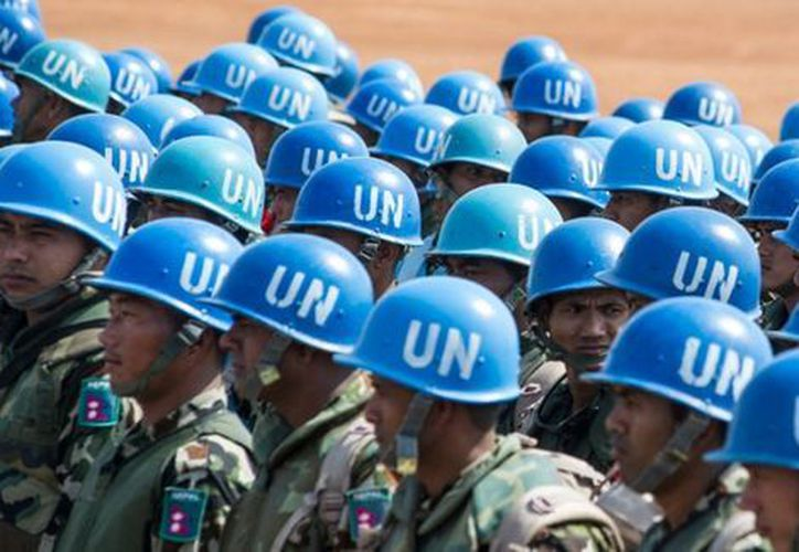Al menos un soldado adscrito a las fuerzas de mantenimiento de paz de la ONU, conocidos como cascos azules, drogó y abusó de una mujer. (ONU)