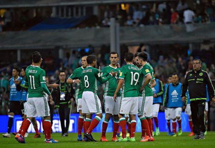 De vencer a Trinidad y Tobago en la cuarta fecha del Hexagonal Final de Concacaf, la selección mexicana llegaría a 10 puntos y se afianzaría en el liderato de la eliminatoria. (Milenio).