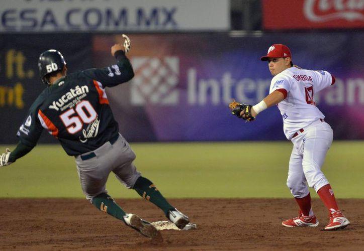 Leones se puso arriba en la pizarra, pero después ya no pudo contener la ofensiva capitalina de Diablos Rojos. (Foto: Jam Media)