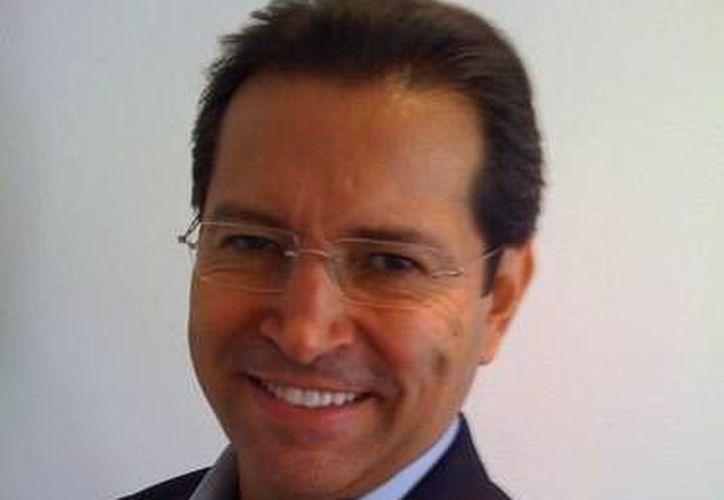 Lomelín Cornejo es egresado de la UNAM y cuenta con posgrados en México y Estados Unidos. (Twitter.com/@gustavolomelin)