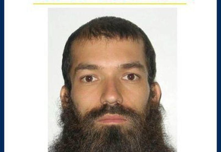 Orden internacional de captura emitida por la Policía de Investigaciones de Chile(PDI) del líder de una secta, Ramón Gustavo Castillo. (EFE)