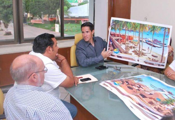 El alcalde se reunió con integrantes de la Asociación de Arquitectos e Ingenieros. (Cortesía/SIPSE)
