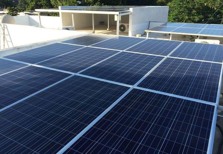 Con la instalación de paneles solares en sus techos, una Pyme yucateca coadyuva con un medio ambiente más sano. (SIPSE)