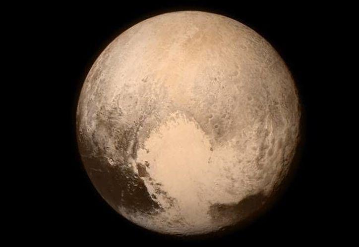 La NASA difundió un video realizado a partir de las imágenes que la sonda New Horizons captó de Plutón a principios de año. (asd.gsfc.nasa.gov)