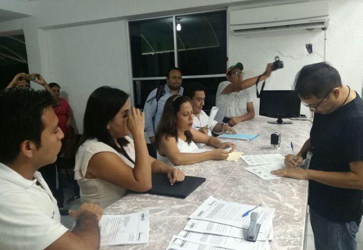 José Luis Acosta Toledo es un empresario con más de 15 años de residencia en Cancún. (Foto: Joel Zamora/SIPSE).