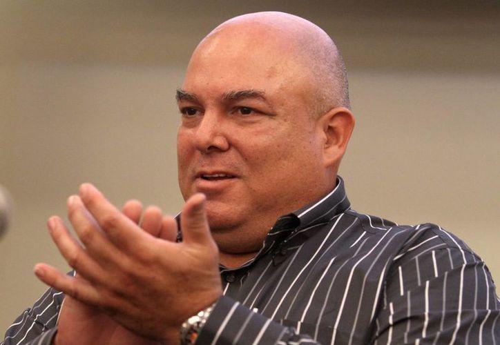 Alex Castro, hijo del líder revolucionario, agradeció el recibimiento que ha tenido el libro en Argentina. (EFE)