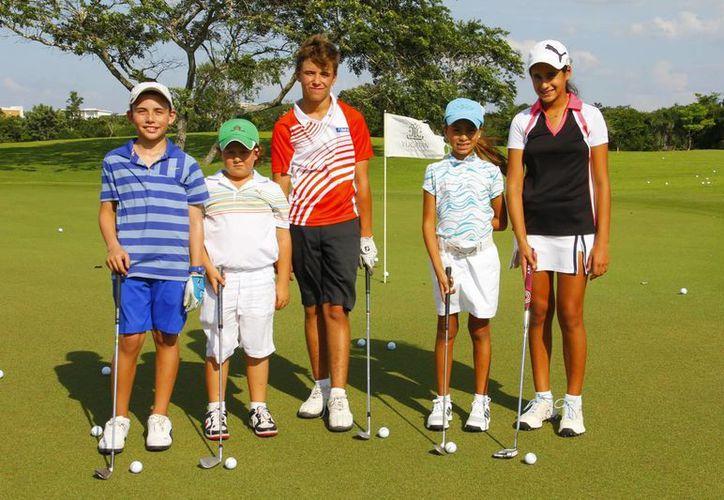 Participarán golfistas yucatecos en cinco categorías. (SIPSE)