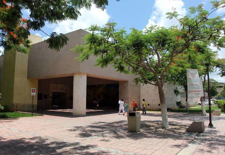 Diversas actividades se ofrecen en el Centro de Seguridad Social del IMSS. Imparten talleres gratuitos. (Milenio Novedades)