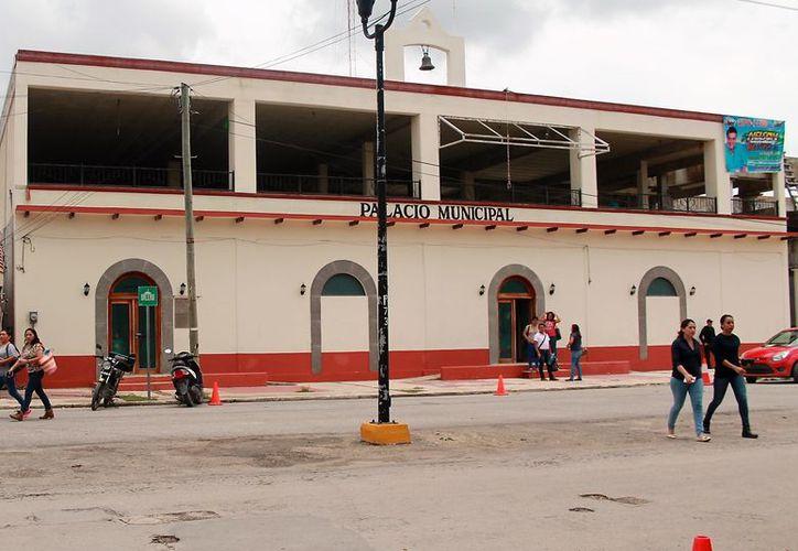 Los regidores fincaron sus dudas en la aplicación del recurso provenientes del Fondo de Aportaciones para la Infraestructura Social Municipal. (Javier Ortiz/SIPSE)