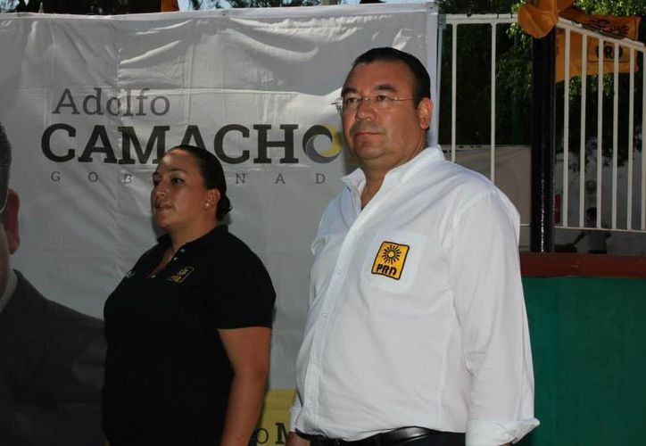 El PRD, cuyo abanderado por la gubernatura de Querétaro es Adolfo Camacho, recibió una multa de 151 mil 90.70 pesos. (Facebook/Adolfo Camacho)