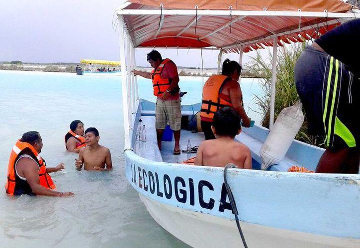 Exhortan a los bañistas evitar arrojar basura en la vía pública, balnearios, manglares y laguna.