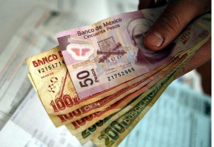 La Profedet indica que previo consentimiento del trabajador, el pago del salario y aguinaldo podrá efectuarse por medio de depósito en cuenta bancaria, tarjeta de débito, transferencias o cualquier otro medio electrónico. (Reforma)