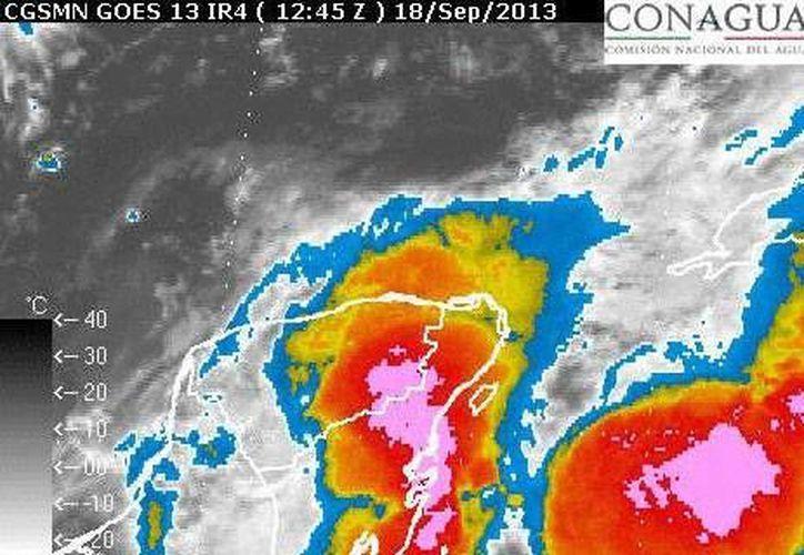 Se estima que esta tarde salga a aguas del Golfo de México, en donde se fortalecerá. (Conagua)