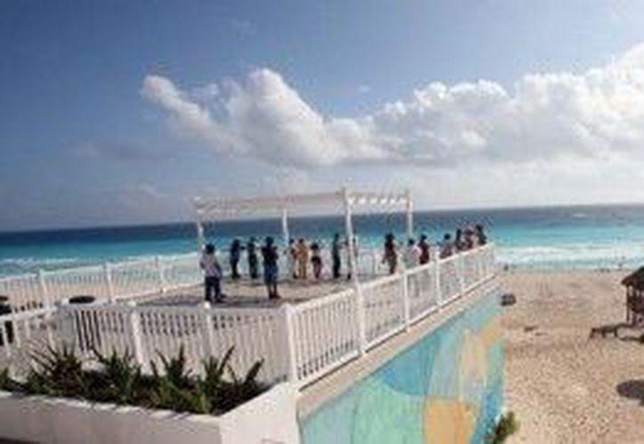 Piden a la ciudadanía mantener las playas en buenas condiciones. (Cortesía/SIPSE)