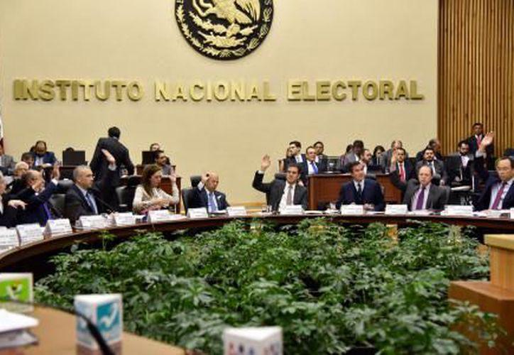 INE amplió la fecha de registro para los aspirantes a diputados, senadores y Presidencia de la República. (El Financiero).