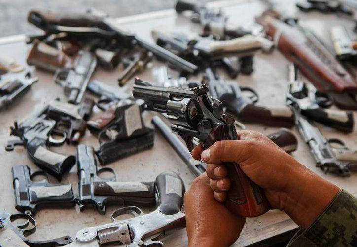 El negocio ilegal de armas de fuego ha ido en aumento en la capital del País. (Foto: Lo Real De Guerrero)